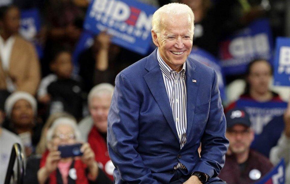 Biden ah 78 aharu furijje: vevadai gannavaanee America ge emme muskulhi raeesah!