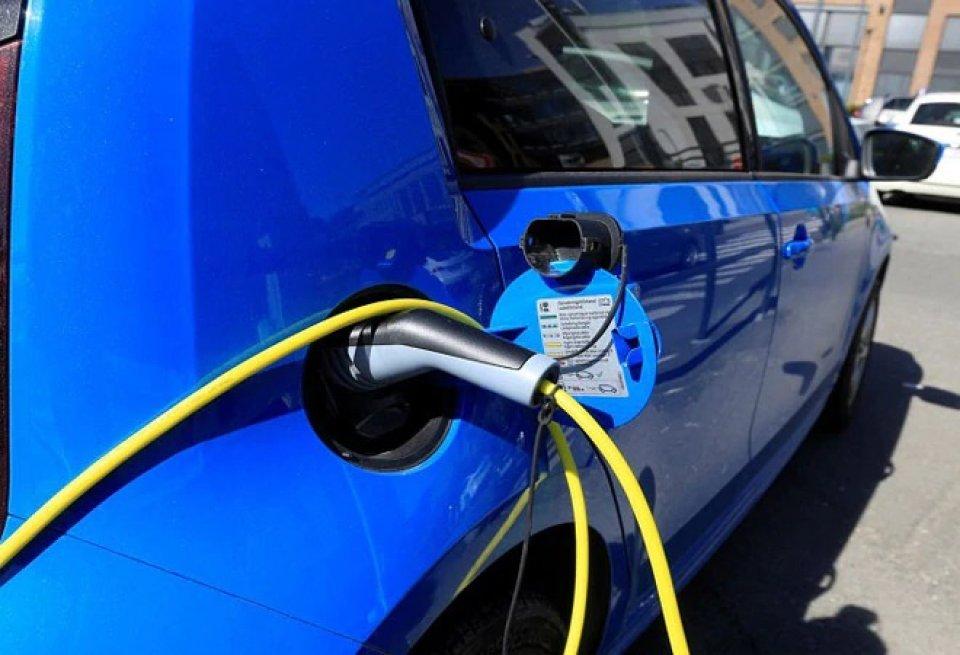 Electric vehicle ge viyafaari india gai bodu