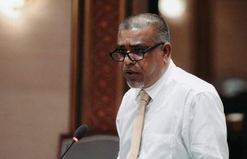 Raees Yameen ah fahu Umar ves jalah dhaan jehey: Dhonbileh