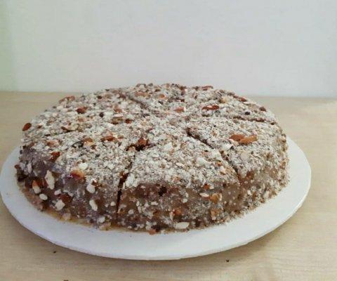 Roadha sufuraa: Kanamadhu cake