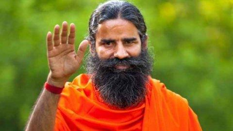 Yoga Guru Baba Ramdev ge undhagoo boduve India ge doctorun ihuthijaajah