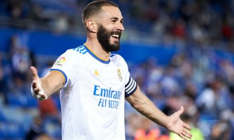 Real Madrid in Benzema ge contract aakoffi